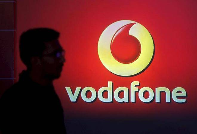 Vodafone sweetens postpaid offers to stave off Reliance Jio challenge