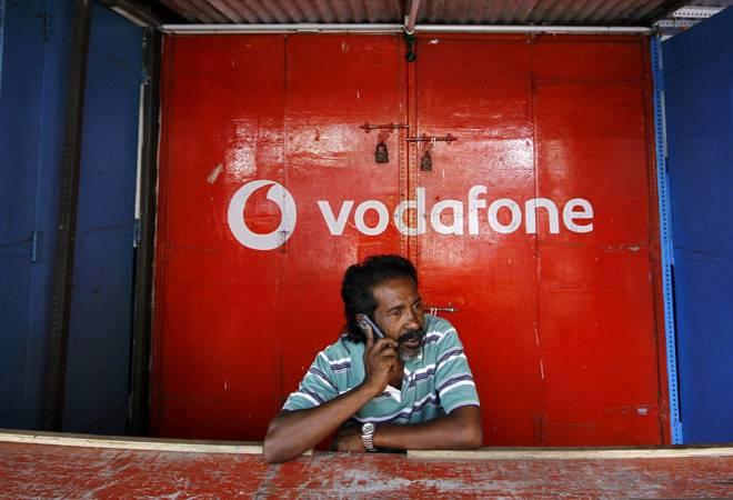 Infographic: How Vodafone Idea, Airtel got into trouble