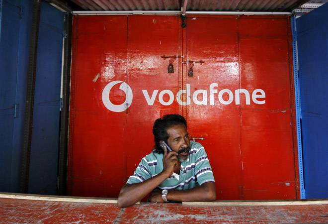 Vodafone's plight continues, loses 4 crore subscribers in 2 months