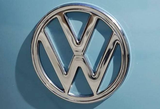 US sues Volkswagen for billions in penalties