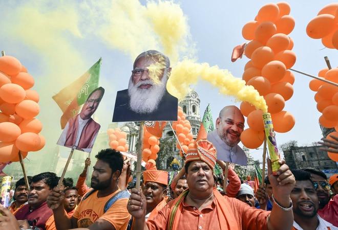 West Bengal polls: PM Modi criticises Mamata Banerjee; promises 'Sonar Bangla' if BJP wins