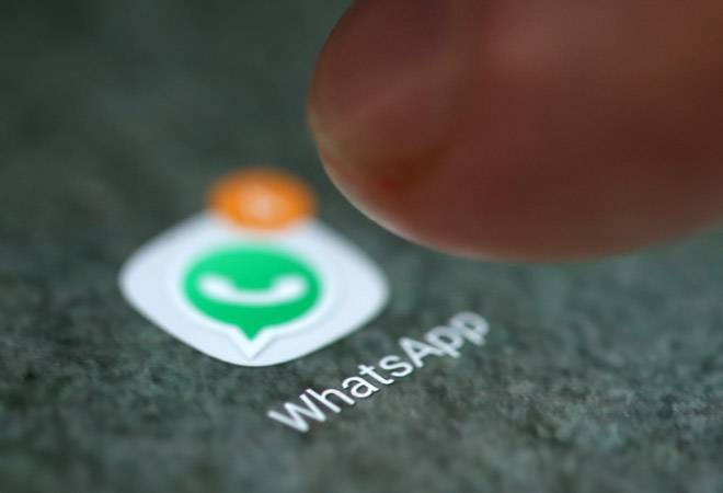 WhatsApp officially rolls out forward message feature; restricts limit to 5 users