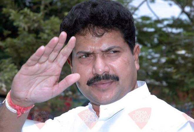 Lok Sabha MP Mohan Delkar found dead in Mumbai hotel