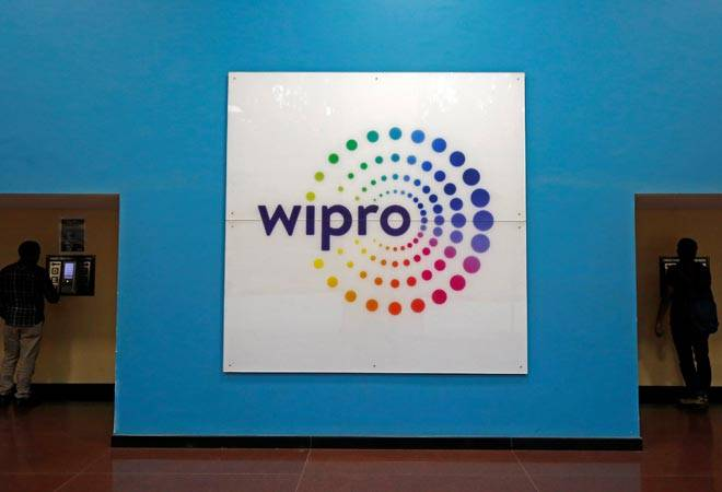 Wipro share trades flat ahead of Q2 earnings