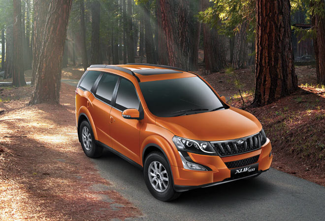 M&M launches new XUV500 priced up to Rs 15.99 lakh