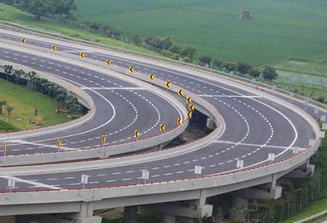 Noida to Agra Expressway put on the block: Report