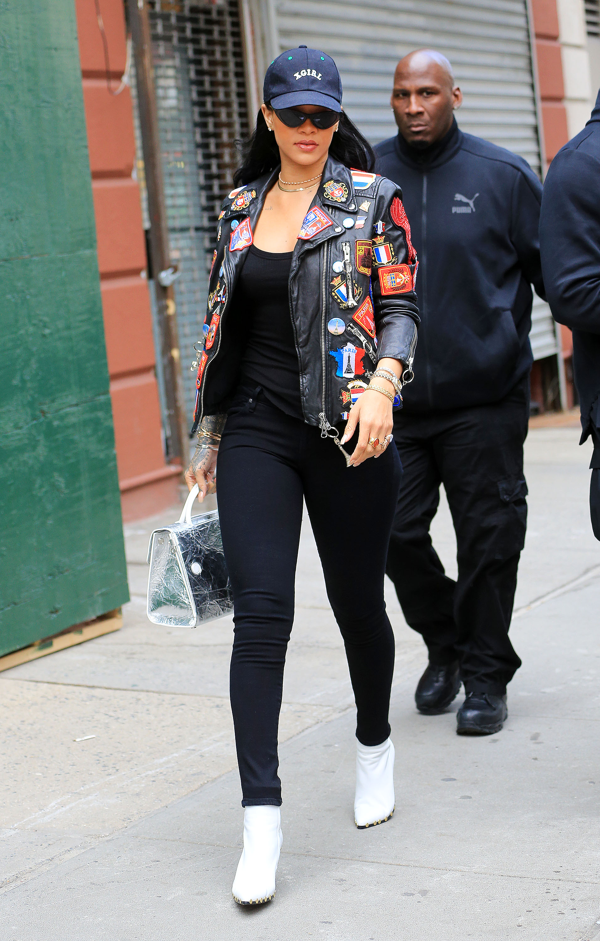 9636833c8a78 86 Photos That Prove Rihanna Can Wear Literally Anything