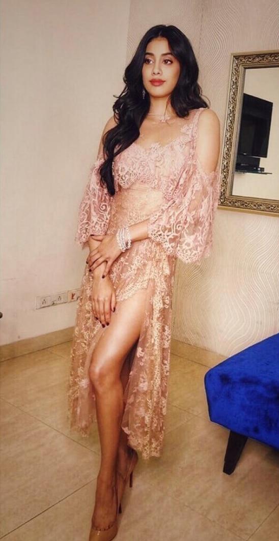Jahnvi Kapoor naked dress