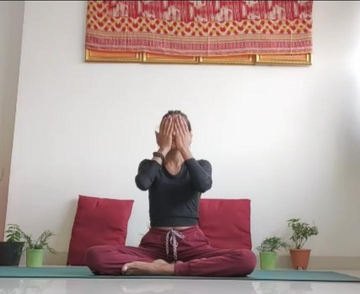yoga for dry eyes