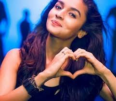 Alia Bhatt happy
