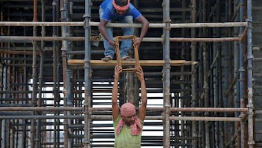 Ministry of labour and employment, Bocw cess act, Real estate, Constructionworkers