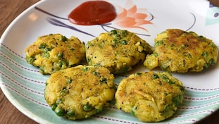 Healthy snacks, Spring food, Poha cutlets, Dailyrecco