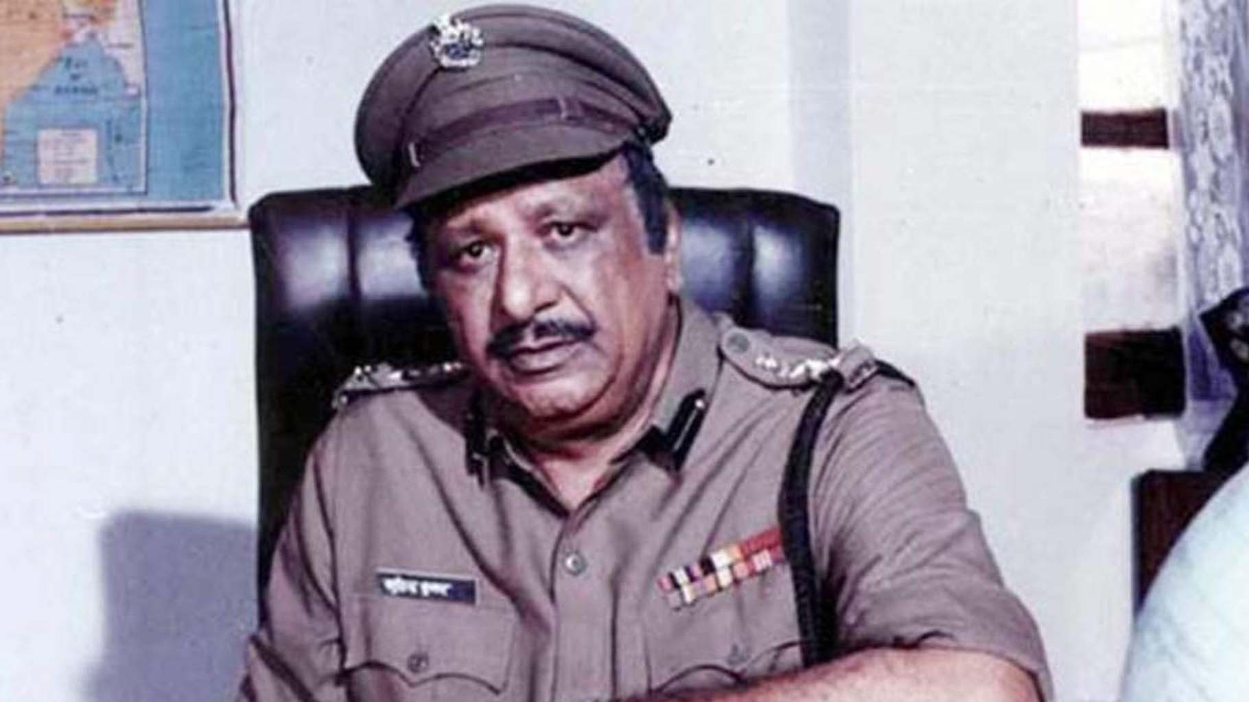 Bollywood, Typecast actor, Policeman, Jagdish raj