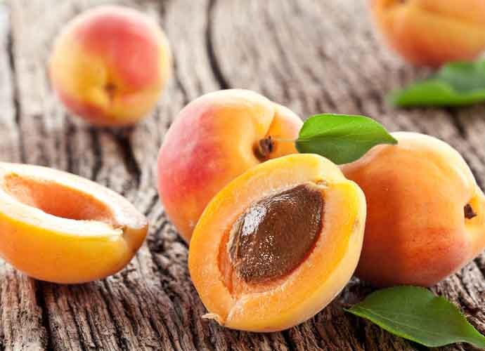 fun-facts-of-apricot_053016120240.jpg