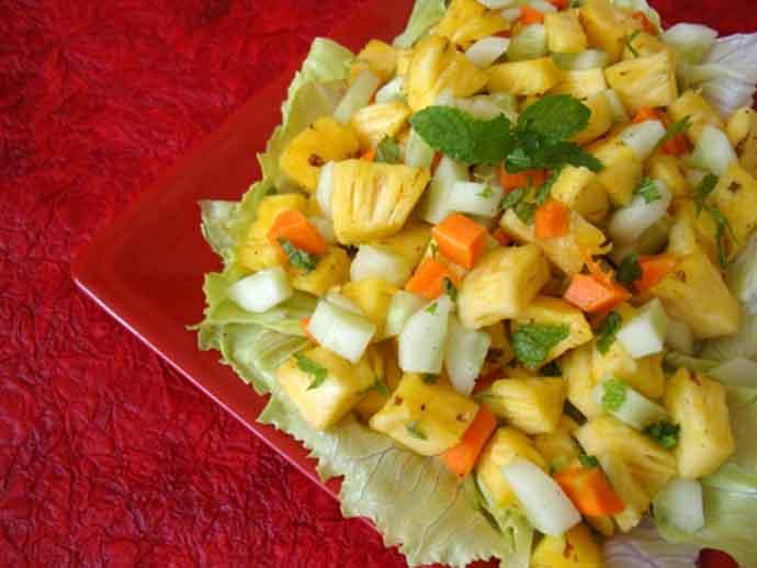 pineapple-mint-salad_082216120333.jpg