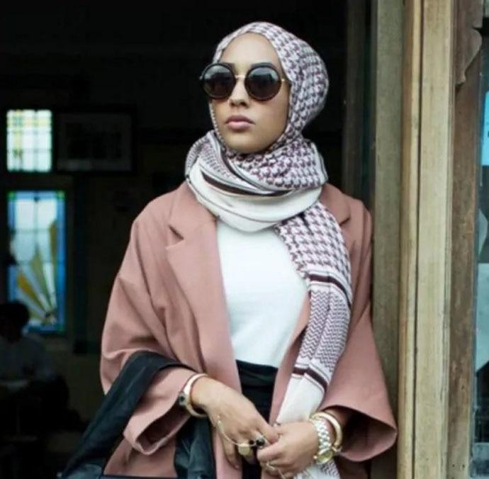 hijab_112816095138.jpg
