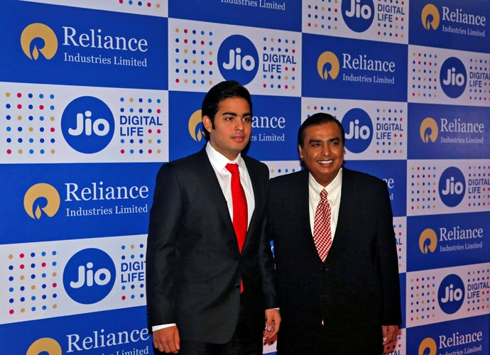 reliance-jio1-body_052617041407.jpg