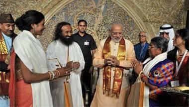 Arvind Kejriwal, Narendra Modi, World Culture Festival, Sri Sri Ravi Shankar