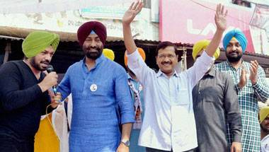 Sikhs, Indian Diaspora, Punjab Polls