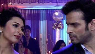 KRK, Hina Khan, Bollywood, Television