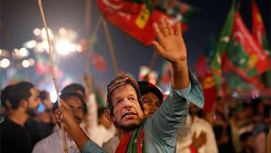 PTI, Imran Khan, Faiz Ahmed Faiz, Pakistan general election