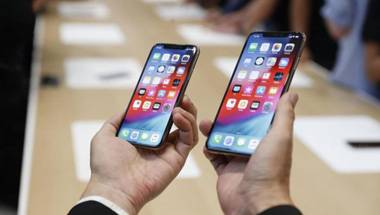 Iphone xs, Tim Cook, Counterpoint, Smartphone