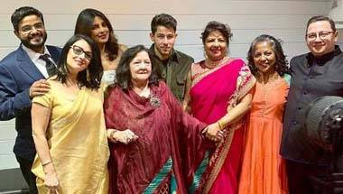 Bollywood, Wedding, Nick jonas, Priyanka Chopra