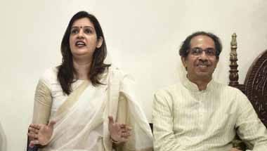 Rahul Gandhi, Shiv Sena, Congress, Priyanka Chaturvedi