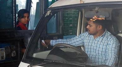 Long working hours, Operators abused, No security at booths, Life of toll operators