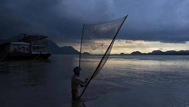 Farakka barrage, Brahmaputra, Water treaties, India china water dispute