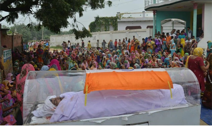 The coffin of one of the Dadri-lynching accused had the Tricolour draped on it.