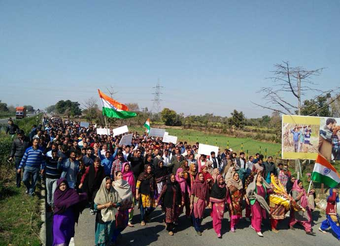 In Kathua, the religion of the accused led to people to take out a rally in their support. Photo: Twitter