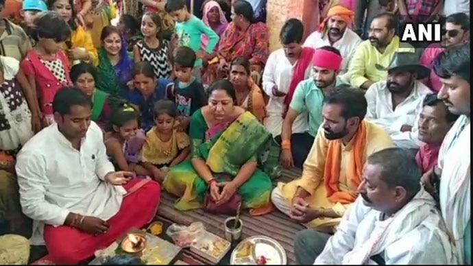 Mere frog ki shadi hai: Madhya Pradesh MoS for women and child development Lalita Yadav at the not-quite-monsoon wedding of two frogs in Chattarpur. Photo: ANI