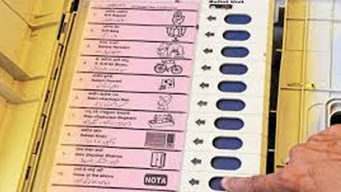 poll-copy_082918045445.jpg