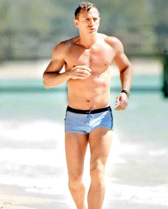 4be7c1ac7d Daniel Craig 'wants James Bond to die': Why Slumdog Millionaire ...
