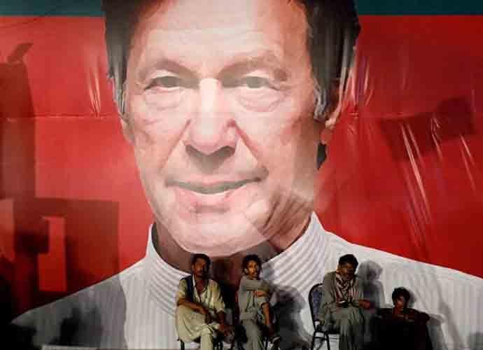 imran-khan-690_092618030522.jpg