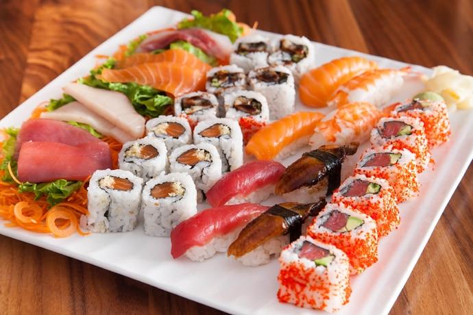 sushi1-copy_102218081533.jpg