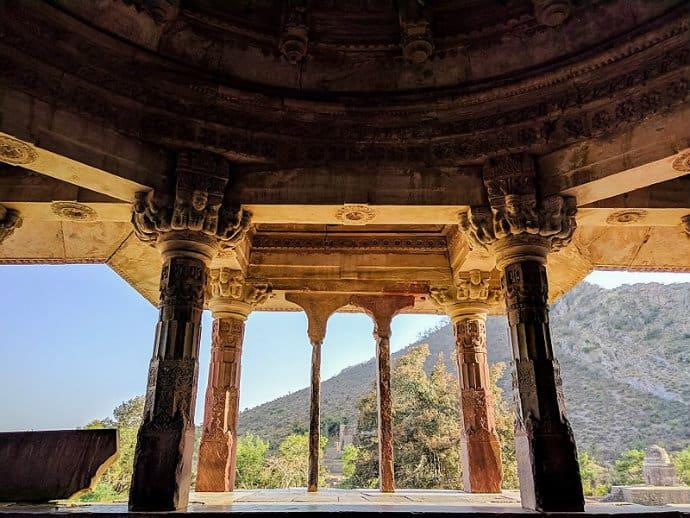 800px-bhangarh_fort__110818062856.jpg