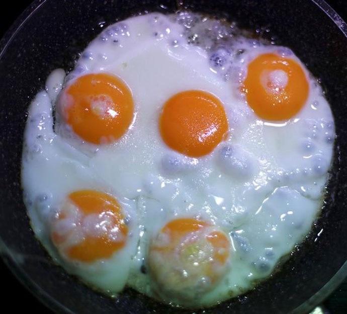 main_egg-yolk-2_111018125633.jpg