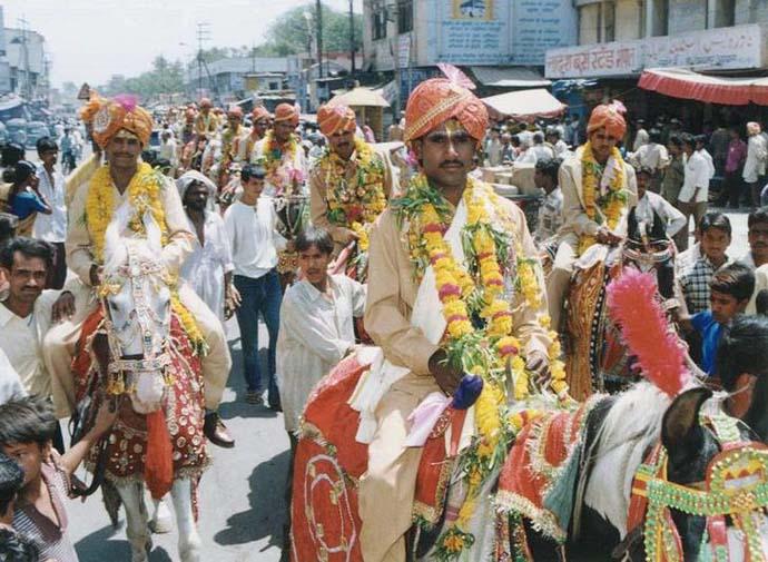 mass-wedding_111818063931.jpg