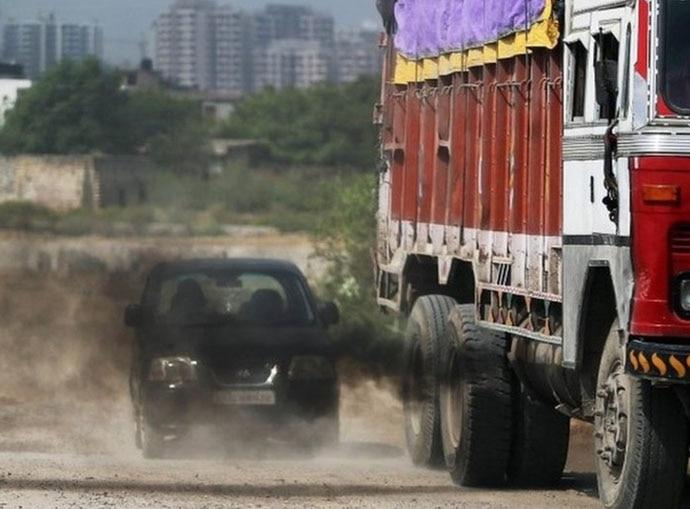 truckk-690_111218030843.jpg