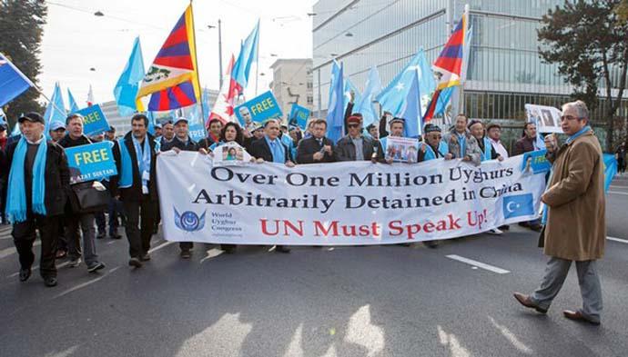 uyghur-protest-ap-in_110918110159.jpg