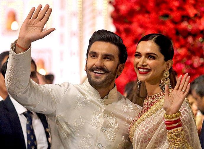 At Isha Ambani's wedding, the newly married Deepika flaunted her vermillion.