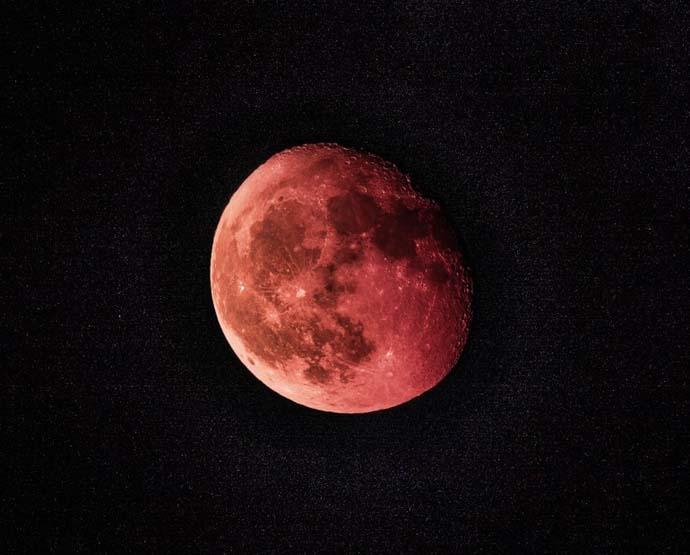 main_blood-moon_010219050658.jpg