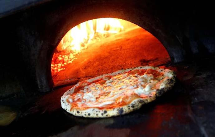 pizza-3_011019022006.jpg