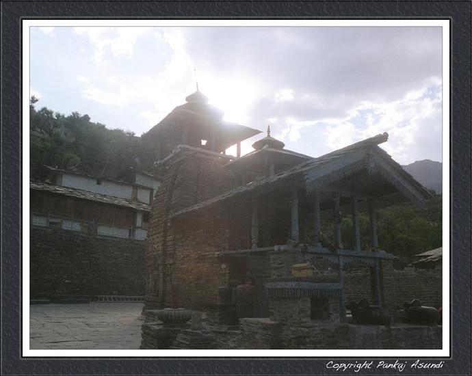 main_lakhamandal_tem_020219015304.jpg