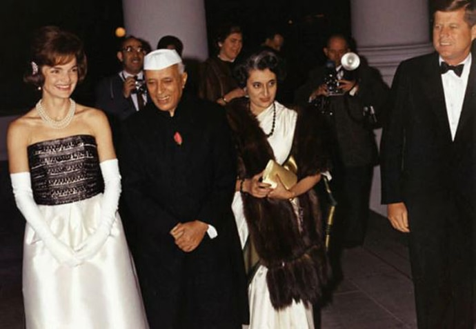 nehru-with-indira-co_021119033956.jpg