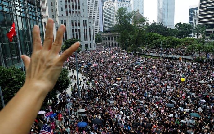 hong-kong-protests_090919064708.jpg