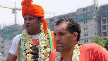 Why Khali campaigning in Kolkata is too much for a faint-hearted Bengali!