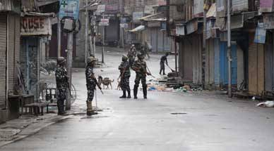 It's the economy: Kashmiris are being suppressed and Pakistan or ISIS is not the reason